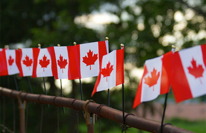 canada-day-flags